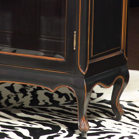 Louis XV Vitrine black color legs and foot carving detail