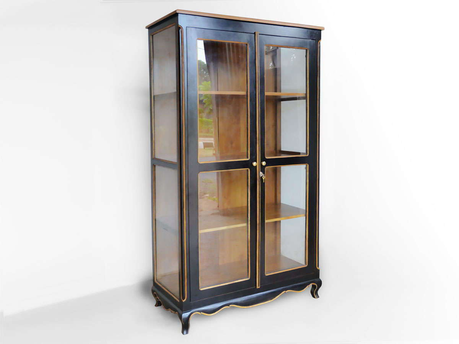 Black wood vitrine