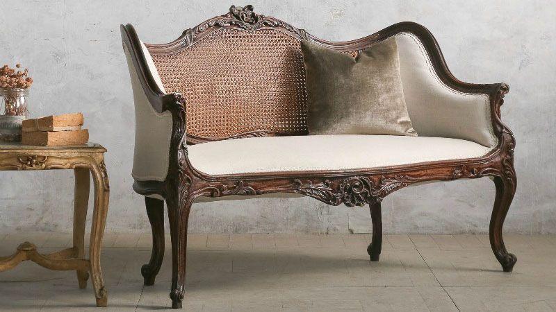 Vintage love settee Louis XVI